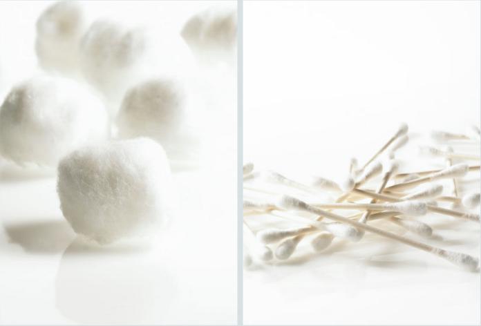 Annabelle Breakey - Still life - cotton balls + swabs