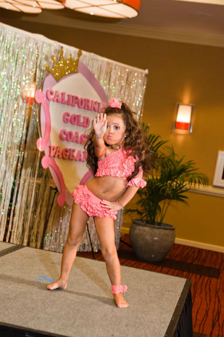 laurengreenfield - editorial- child pageants2